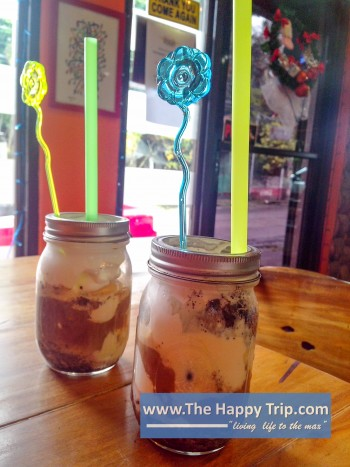 D' COFFEE GROUND HOUSE MUD PIE COFFEE MILK SHAKE